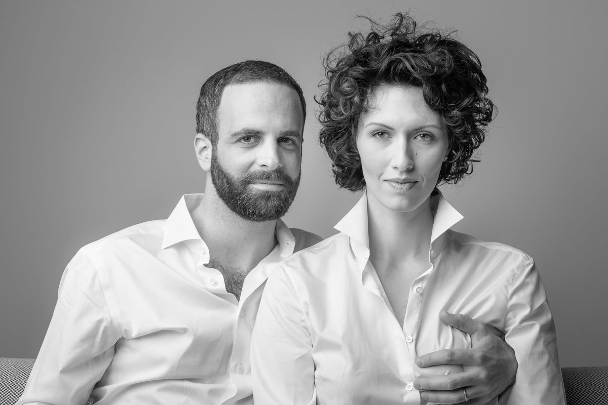 san francisco portrait bw perfect circle couple